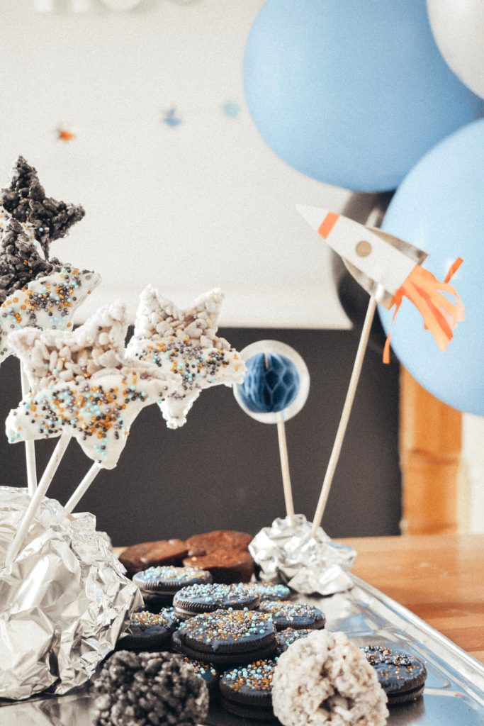 Space Themed Birthday Party | britstrawbridge.com | I loved these cake toppers! Even though we didn't technically have a cake. But they looked really cute with my little desserts!